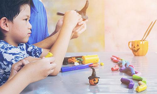 Cara-mengajari-anak-bermain-clay-atau-plastisin