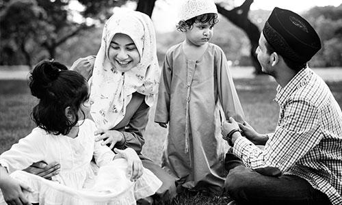 Kisah-Teladan-Keluarga-Muslim